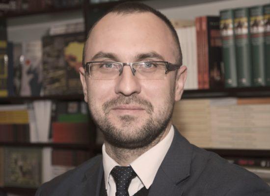 Professor Paweł Olszewski